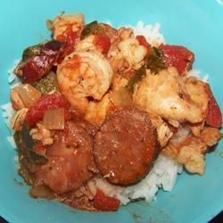 Slow Cooker Jambalaya-- Great Idea for a Potluck!!