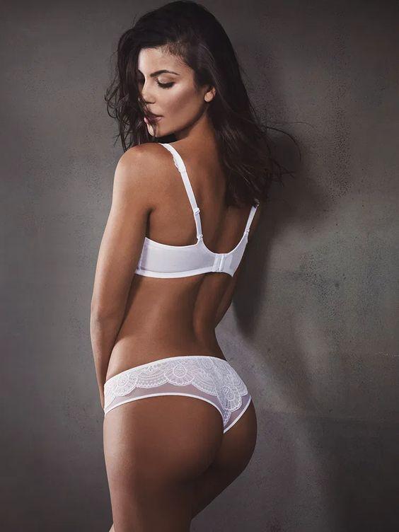 Priscilla Faia Bikini