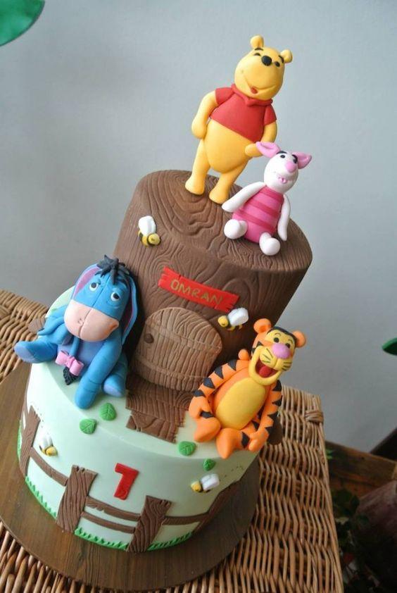 Rustic Winnie the Pooh 1st birthday party via Kara's Party Ideas KarasPartyIdeas.com #winniethepooh #firstbirthday #winniethepoohparty #karaspartyideas (10)