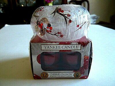 YANKEE CANDLE Cherries on Snow Votive