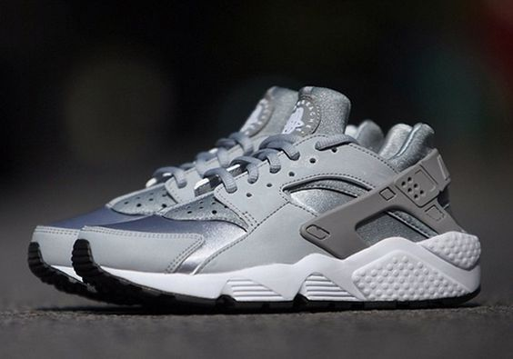 Huarache Nike Womens Silver