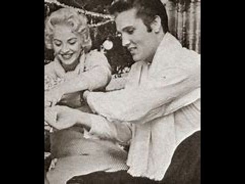 Pin By Marta Diniz On Elvis Day By Day Blog Elvis Presley Elvis Rock And Roll