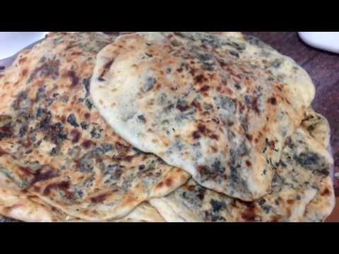 طريقة عمل أقراص الزعتر الأخضر الفلسطيني طريقة عمل فطائر الزعتر الاخضر الفلسطيني عالم مليحة Youtube Cooking Recipes Recipes Cooking
