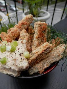L'assiette vegan: Bâtonnets de tofu panés au hummus et à l'aneth