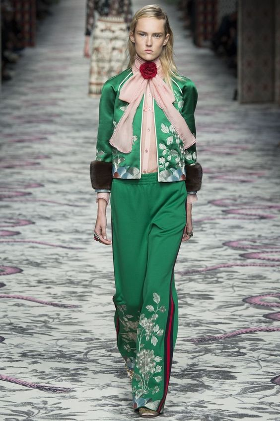Gucci 2016 S/S - cravat