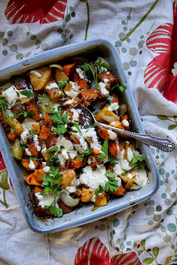 petite kitchen: ROASTED ROOT VEGETABLES DRESSED WITH HORSERADISH YOGHURT