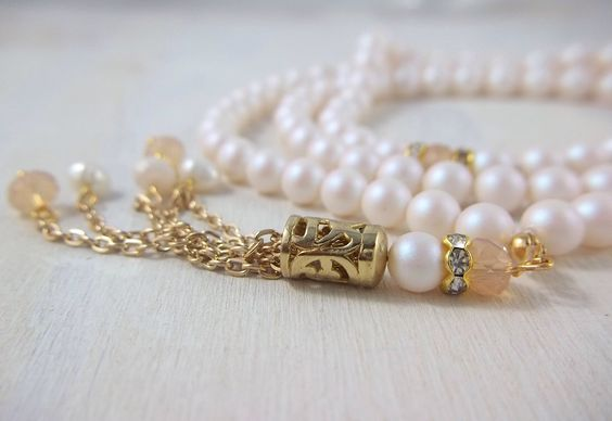 Muslim mom gift tasbih tasbeeh misbah  - Swarovski pearlescent beads with blush pink crystals - Ramadan Eid gift
