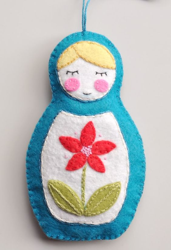 Felt Christmas ornaments could be easily crafted by you and your kids to make your Holiday tree more cool and unique.  20 Felt Ornaments For Christmas --> http://wonderfuldiy.com/20-wonderful-diy-felt-ornaments-for-christmas/: Matryoshka Doll, Matryoshka Ornament, Felt Doll, Christmas Ornament