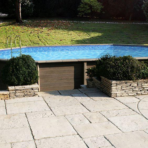 Piscine béton aspect bois en kit décagonale allongée  - piscine hors sol beton aspect bois