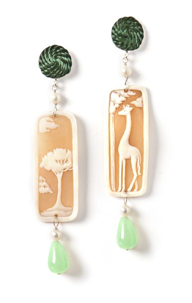 #Safari mood with hand engraved #cameo #earrings #annaealex #jewelry #giraffe  www.annaealex.com