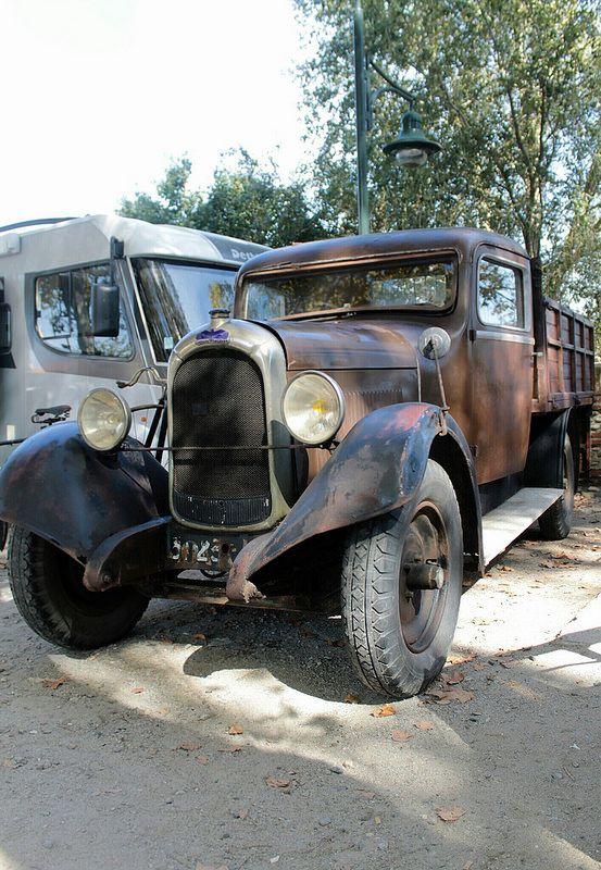 old truck vieux camion chenard walcker samedi auterive trucks pinterest photos. Black Bedroom Furniture Sets. Home Design Ideas