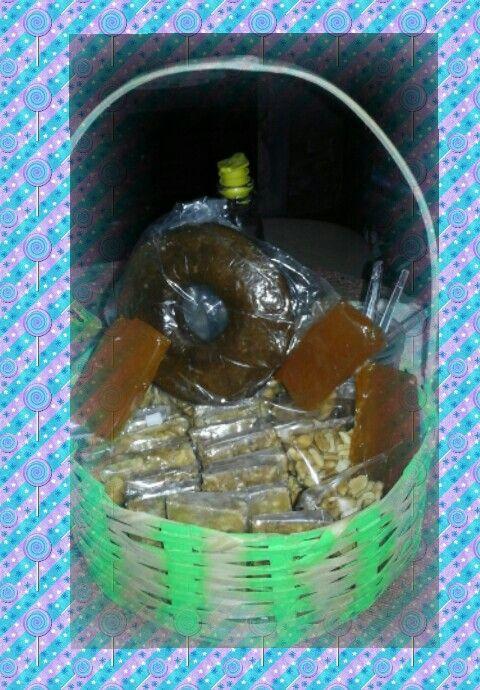 Dulces tipicos de py; torta de miel, ka'i ladrillo, mani con miel ...