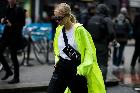 Street Style at #LFW AW19. Photographed by Eva Al Desnudo