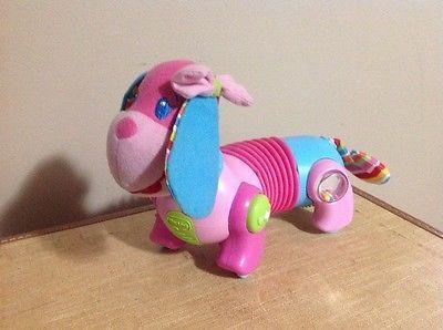 "Baby Toy encourages crawling Pink ""walking"" dog - Tiny Love Follow Me Fiona https://t.co/lfRod5eiLb https://t.co/xTKNDw9So5"