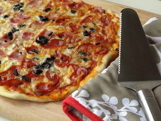 O Meu Tempero: Pizza De Bacon e Chourição Com Azeitonas