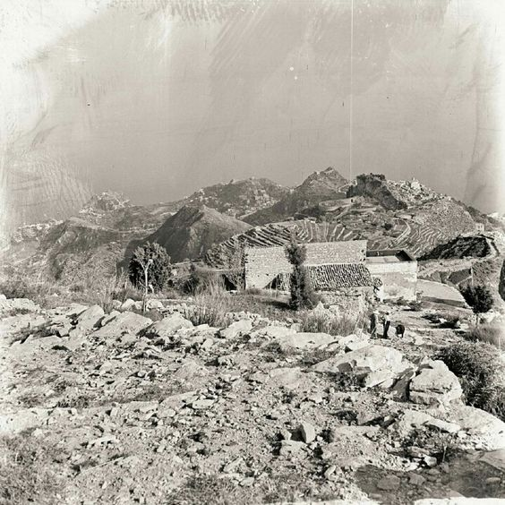 Vecchio paborama su Taormina e Castelmola.