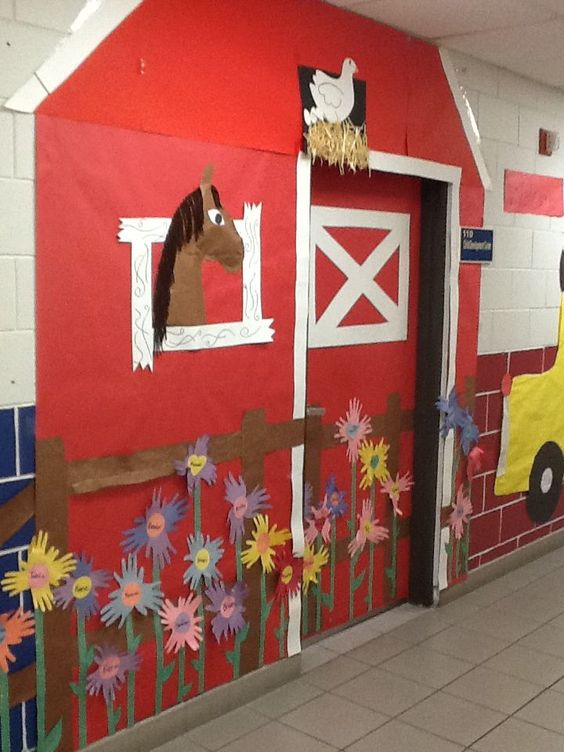 barn bulletin board ideas | Classroom door decor | western ...