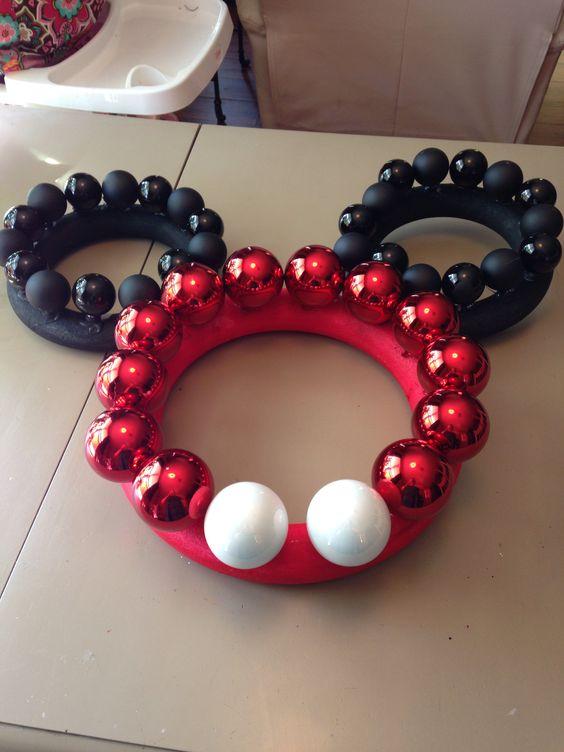 Christmas mickey wreath i made