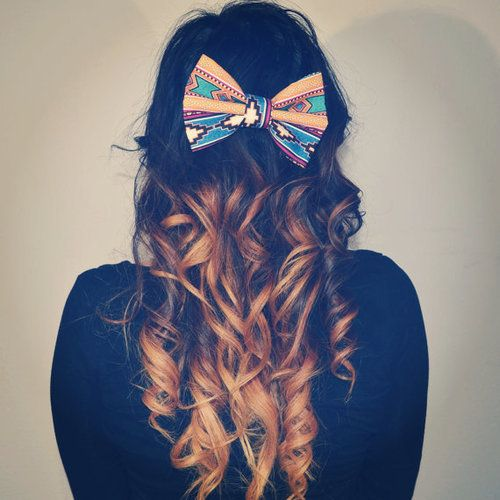 Curly hair with a cute bow! <3 , http://www.hairstyles-haircuts.com/