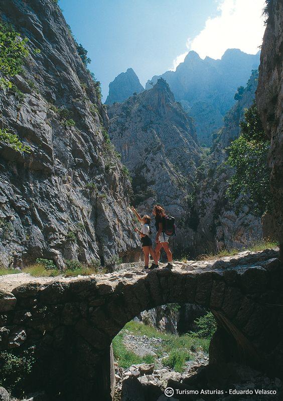 Ruta del Cares Cabrales  HikingTrail Asturias Paraíso Natural Paradise Spain