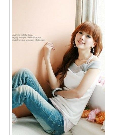 Korean V Collar Color Block T-shirt White - $17.02