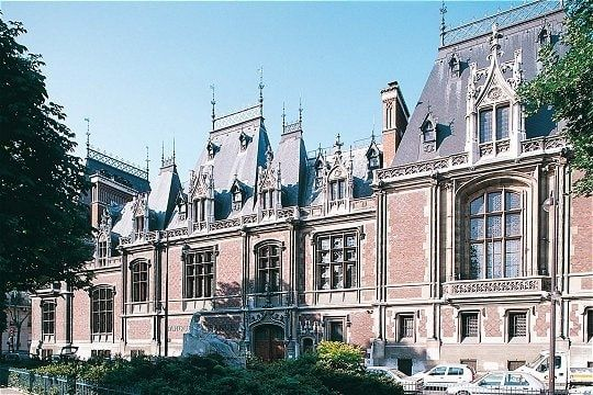 Hôtel Gaillard (1882)  1, place du Général-Catroux Paris 75017. Architecte : Jules Février.