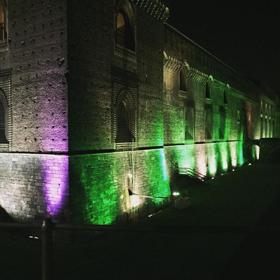 Milano by night  #sforzacastle #milan #milano #italy #castellosforzesco #castle #sforzacastlemilano #sforza #love #instagood #architecture #travel #picoftheday #photooftheday #milanodavedere #italia #city #sforzacastlemuseums #milanobynight #history #castello #beautiful #archilovers #0 #vscocam #tagsforlikes #sunnyday #sunday #style #streetphotography by _anaionescu_
