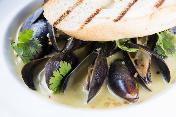 Grilled Mussels With Mango Curry Sauce Recipe — Dishmaps