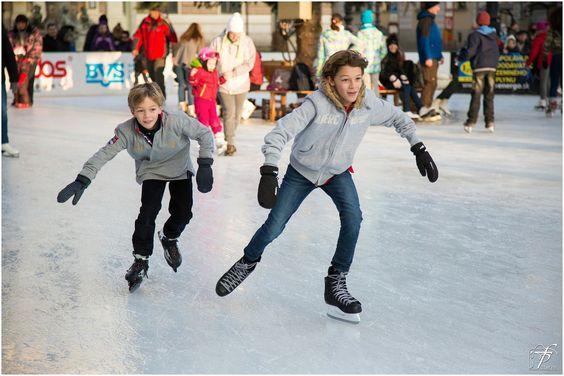 #Winterurlaub und nicht genug Schnee zum Skifahren? Macht nichts! In der Eislaufhalle haben Sie trotzdem Winterspaß. Ob beim Eisstock-Schießen, #Eislaufen oder bei der Eis-Disco.  Schlittschuhe können Sie vor Ort ausleihen. #BadSachsa #Urlaub #Harz www.premium-unterkunft.de/bad-sachsa