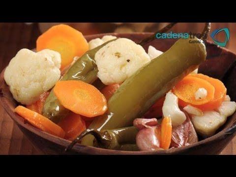 Receta para preparar chiles en vinagre. Receta de chiles / Chiles en vin...