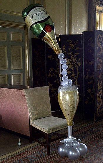 Champagnefles en champagneglas folieballon http www for Champagne balloon wall