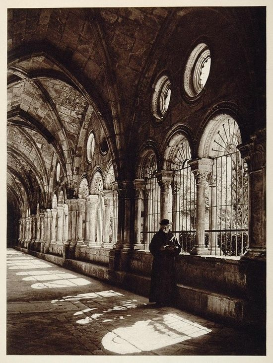 Cloisters of the Santa Mar'a Cathedral in Tarragona, 1925 by Kurt Hielscher by utbb10