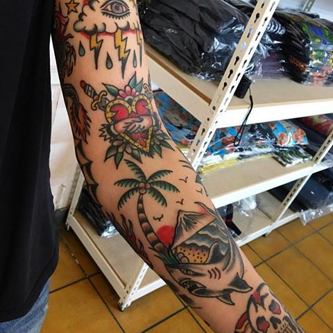 The New York Shop Thenewyorkshop110 Instagram Photos And Videos Traditional Tattoo Traditional Tattoo Art Old School Tattoo
