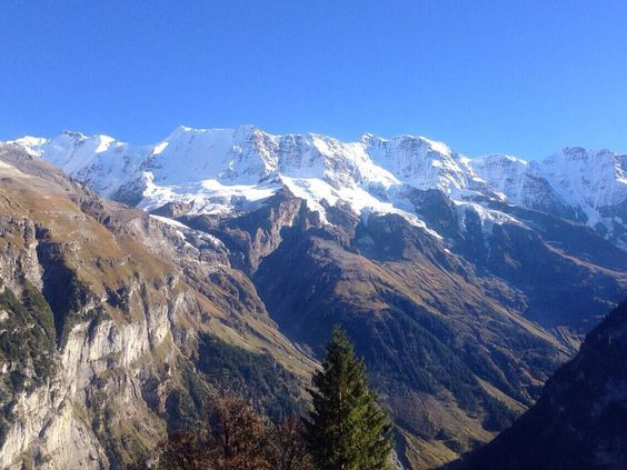 Hiking Autumn 2014 #mountains #snow #bluesky #autumn #nature #naturelovers #hiking #wandern #mürren #berneroberland #switzerland #latergram by heartbeat_13_