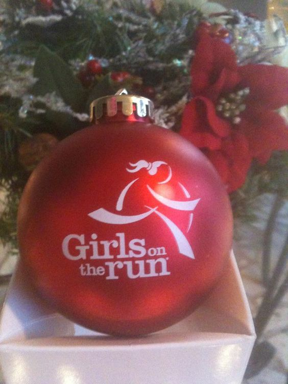 A Girls on the Run Ornament from www.girlsontherun.org