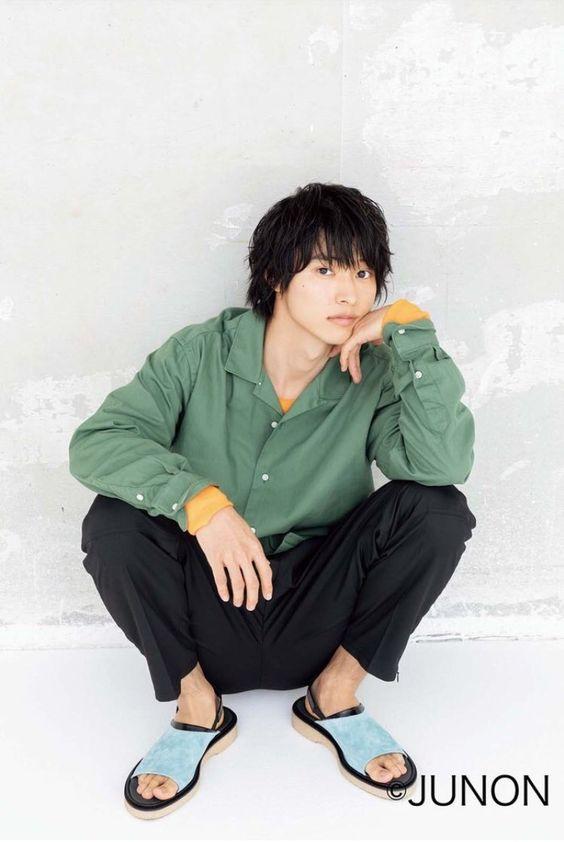 草食系男子な雰囲気の山崎賢人のかわいい画像