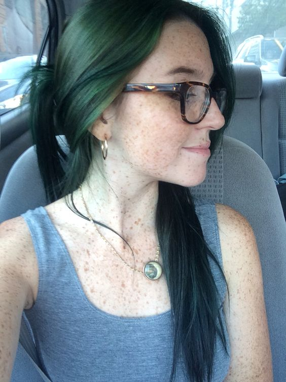 Forest green hair = medium ash brown + manic panic enchanted forest
