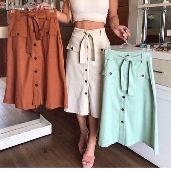 Saia R$ 9990 cada Tecido: linho  Tamanho p m e g Pedidos direct . .  Enviamos para todo Brasil!  . Formas de pagamento: Débito crédito boleto (pag seguro)  #lookdodia #tendência #moda #roupasfemininas #modafashion #Roupas #modafeminina #vestido #fashionblogger  #frio #brasil #outonoinverno#moda  #bodydacopa #modaparameninas #tbt #blogueira  #copadomundo #modablogueira #entregas #tricot #calça #inverno #chic #lojaonline #lojavirtual #mulher #papodemulher