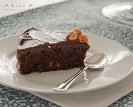 La receta ...by Patricia Valdivielso: TARTA DE CACAO CON AVELLANAS