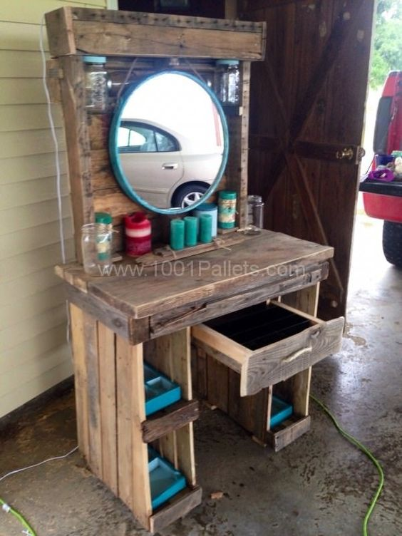 Makeup vanities wooden pallets and vanities on pinterest for What to make out of those old wood pallets