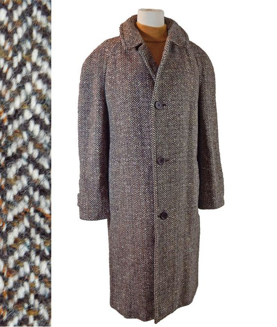 1960s Vintage Mens Fashion Wool Irish Herringbone Tweed Coat from