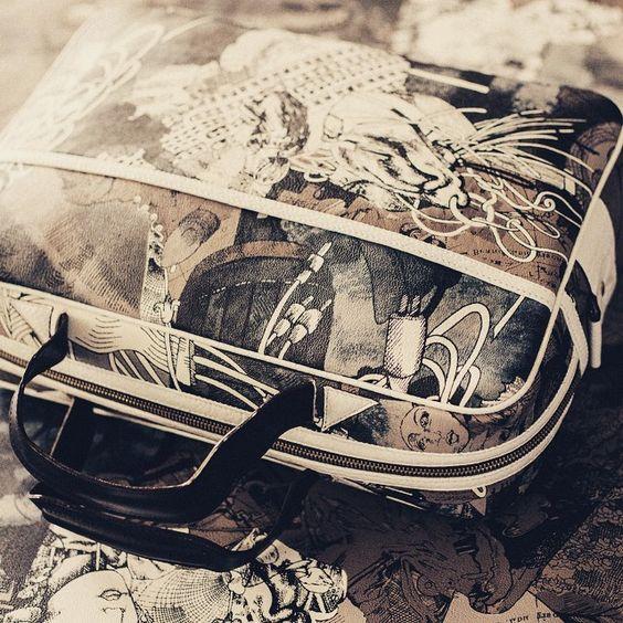 """#bashioma #modernvintage #retrolux #graphicdesign #graphic #bag #handbag #exclusivebag #mixmaterials  #fabricprint #leather #alternativefashion #instacool #indiebrand #fashion #instafashion #originalbag #jack #headphones #urban #urbanwear"" Photo taken by @bashioma on Instagram, pinned via the InstaPin iOS App! http://www.instapinapp.com (04/14/2015)"
