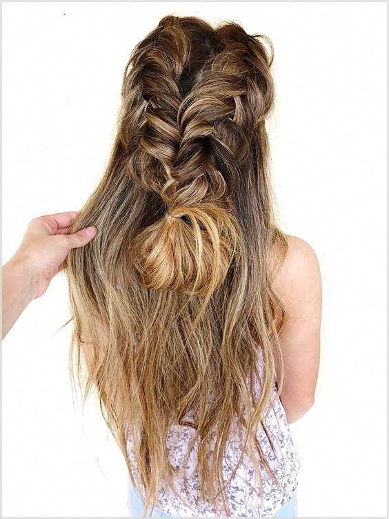 Mit Kurzen Haaren Konnen Sie Stilvolle Und Intime Frisuren Fur Ihre Hochzeit Verwenden Frauen Frauen Hair Styles Short Hair Lengths Braided Hairstyles