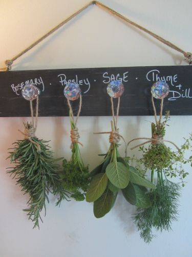 Keep drying herbs handy with this Easy DIY Herb Drying Rack created by The Home Depot Community using chalkboard paint. Click through for the how-to.