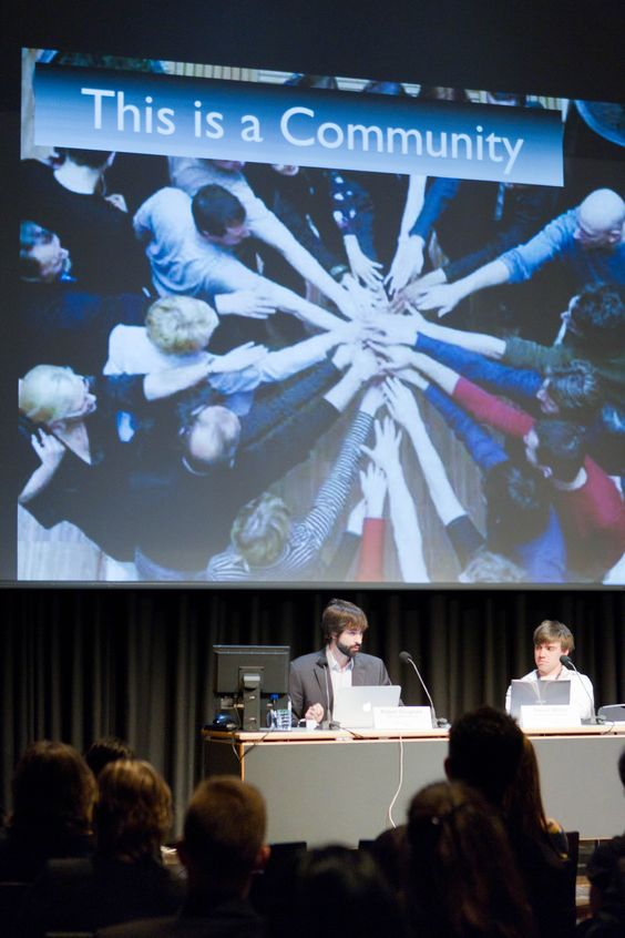 Robert Douglass and Steven Walter discussing crowdfunding at Classical:NEXT