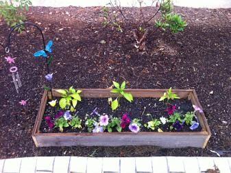 How to Hand Craft raised garden planters