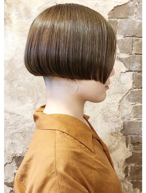 長嶺ジロウ ワンレングスラインのトランクスヘア L039863772 マギーヘア Magiy Hair のヘアカタログ ホットペッパービューティー ヘアカット ショート ボブヘア ショートのヘアスタイル