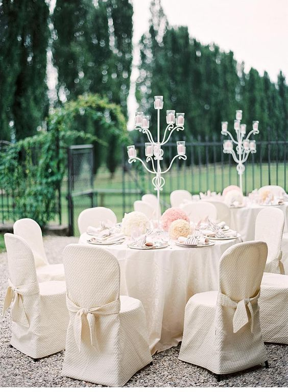 Elegant wedding in Italy, photo: peaches & mint by Pia Clodi     Read more: http://www.hochzeitsguide.com/de/real-weddings/klassisch-elegant/julia-und-oliver-traumhochzeit-in-italien-von-peaches-mint-by-pia-clodi