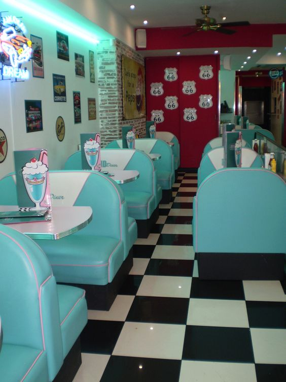 I'd love to do a retro kitchen with all that beautiful blue appliances. CLW