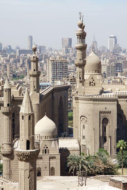Мадрас дю Султан Хасан и мисията Ар Рифай, Цитадела, Льо Кайер, Египет (Мадраса на султан Хасан и Ар джафа джамия, Цитадела, Кайро, Египет) от Себ и Дже